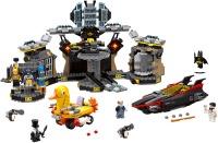 Фото - Конструктор Lego Batcave Break-In 70909