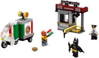 Фото - Конструктор Lego Scarecrow Special Delivery 70910