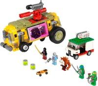 Фото - Конструктор Lego The Shellraiser Street Chase 79104