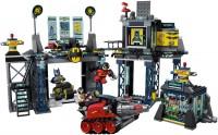 Фото - Конструктор Lego The Batcave 6860