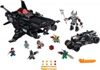 Фото - Конструктор Lego Flying Fox Batmobile Airlift Attack 76087