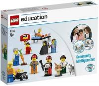 Фото - Конструктор Lego Community Minifigure Set 45022