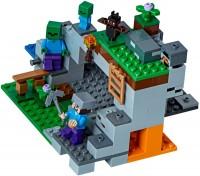 Фото - Конструктор Lego The Zombie Cave 21141