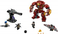 Фото - Конструктор Lego The Hulkbuster Smash-Up 76104