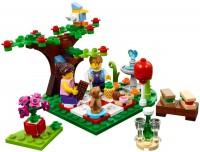 Фото - Конструктор Lego Romantic Valentine Picnic 40236