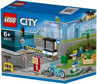 Фото - Конструктор Lego Build My City Accessory Set 40170