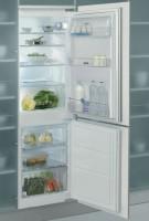 Фото - Встраиваемый холодильник Whirlpool ART 770