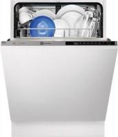 Встраиваемая посудомоечная машина Electrolux ESL 7310