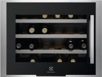 Встраиваемый винный шкаф Electrolux ERW 0670