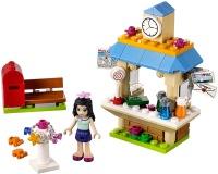 Фото - Конструктор Lego Emmas Tourist Kiosk 41098