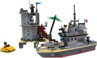 Конструктор Brick Fort of the Island 819