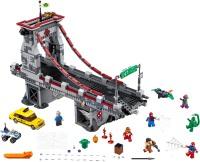 Фото - Конструктор Lego Web Warriors Ultimate Bridge Battle 76057