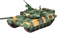 Сборная модель Revell Battle Tank T-90 (1:72)