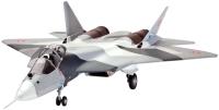 Сборная модель Revell Sukhoi T-50 (1:72)