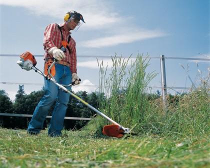 Пятерка бензиновых триммеров для домашних садовников