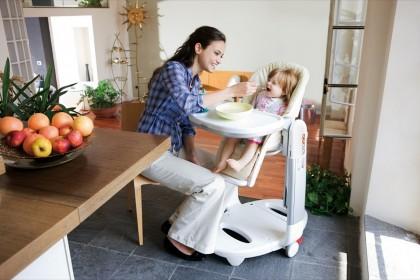 Трон для самых маленьких: ТОП-5 стульчиков для кормления