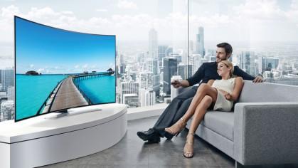 Полное погружение: ТОП-5 телевизоров с изогнутым экраном