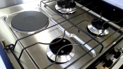 Две хозяйки на одной кухне: 5 популярных комбинированных плит