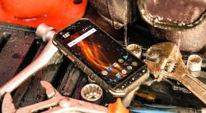 Пятерка «внедорожных» смартфонов с защитой от всяческих невзгод