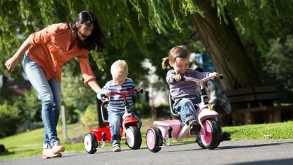 Первый транспорт малыша: 5 трехколесных велосипедов