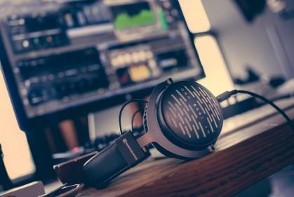 Портал в мир идеального звука: ТОП накладных Hi-Fi наушников для записи и мониторинга