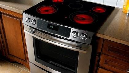 Чтобы места было впрок: ТОП 5 компактных электроплит для малогабаритной кухни