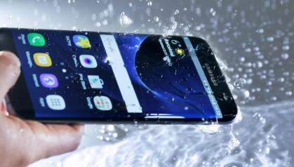 Я водяной, я водянооой! ТОП-5 водозащищённых смартфонов