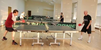 Пятерка лучших теннисных столов для спортзала
