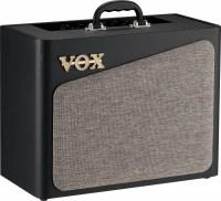Гітарний комбопідсилювач VOX AV15