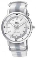 Наручные часы Q&Q Q892J311Y