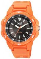 Наручные часы Q&Q VR54J006Y