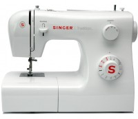 Швейная машина, оверлок Singer 2250
