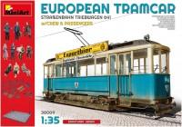 Фото - Сборная модель MiniArt European Tramcar w/Crew and Passengers (1:35)