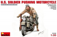 Сборная модель MiniArt U.S. Soldier Pushing Motorcycle (1:35)