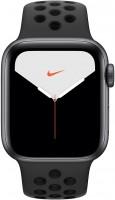Носимый гаджет Apple Watch 5 Nike  40 mm Cellular
