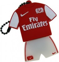 Фото - USB Flash (флешка) Uniq Football Uniform Arsenal Fabrigas 3.0  128 ГБ