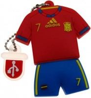 Фото - USB Flash (флешка) Uniq Football Uniform David Villa 3.0  64 ГБ