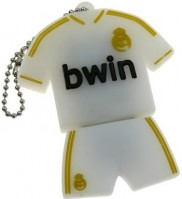 Фото - USB Flash (флешка) Uniq Football Uniform Ronaldo Bwin 3.0  8 ГБ