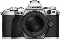 Фотоаппарат Olympus OM-D E-M5 II  kit 12-200