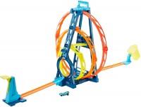 Автотрек / железная дорога Hot Wheels Triple Loop