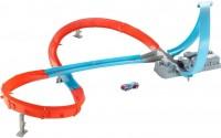 Автотрек / железная дорога Hot Wheels Figure 8 Raceway