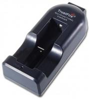 Фото - Зарядка аккумуляторных батареек TrustFire TR-002