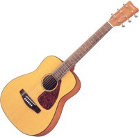 Гитара Yamaha JR1
