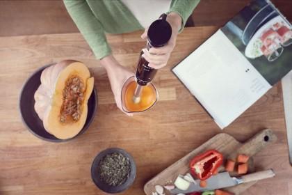 Измельчаем и смешиваем: ТОП-5 популярных погружных блендеров