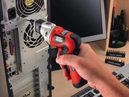 Хватит крутить саморезы руками: ТОП-5 легких аккумуляторных электроотверток