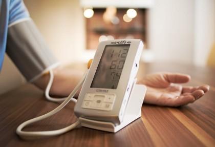 Держим давление в норме: ТОП тонометров-автоматов на плечо