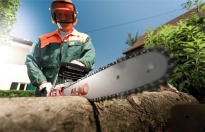 Планируете заготовку дров? Топ-5 электрических цепных пил для домашнего мастера