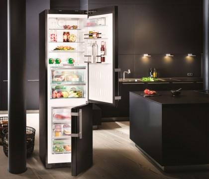 Больше объема и свежести: ТОП-5 холодильников с тремя камерами