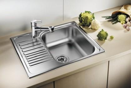 Плацдарм для водных операций: ТОП-5 кухонных врезных моек из нержавейки с крылом