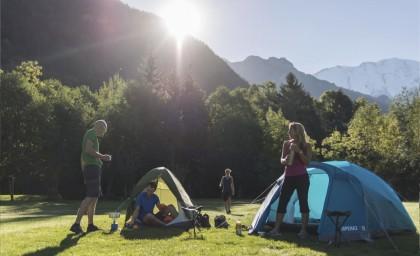 Отдыхаем вместе на природе: ТОП-5 лучших 2-местных палаток